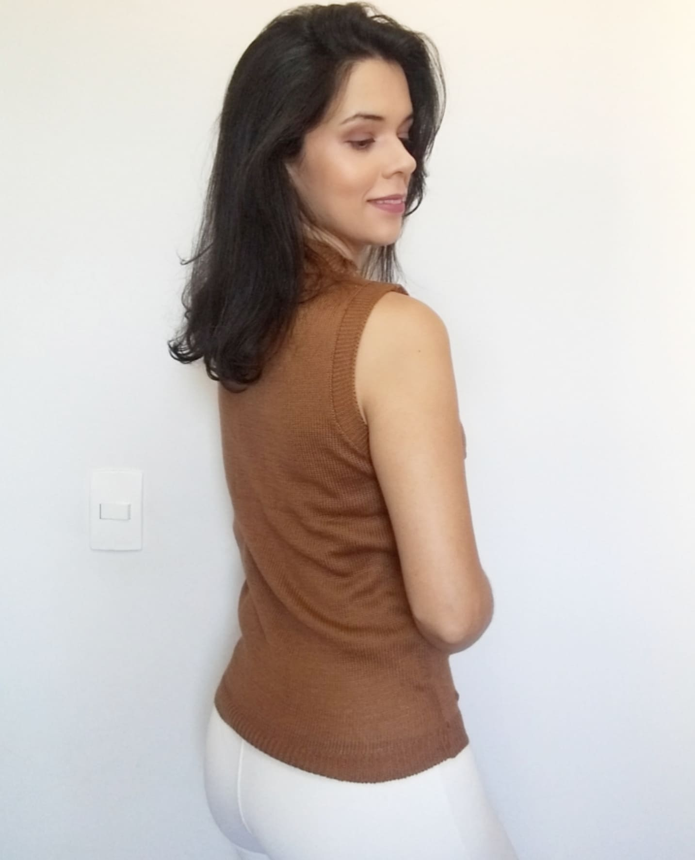 Regata pipoca em tricô gola alta