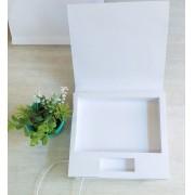 Caixa kraft pardo ou offset branco pen drive giratório e foto personalizada (MINIMO 10 PEÇAS)