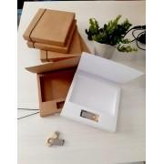 Kit pen drive giratório de madeira + caixa pen drive e foto offset ou kraft personalizados (MINIMO 5 PEÇAS)