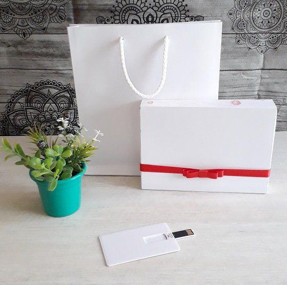 Kit pen card + Caixa só para foto 10 x 15cm + Sacola 15,5 x 18cm personalizados (MINIMO 5 PEÇAS)  - Premiere Brindes