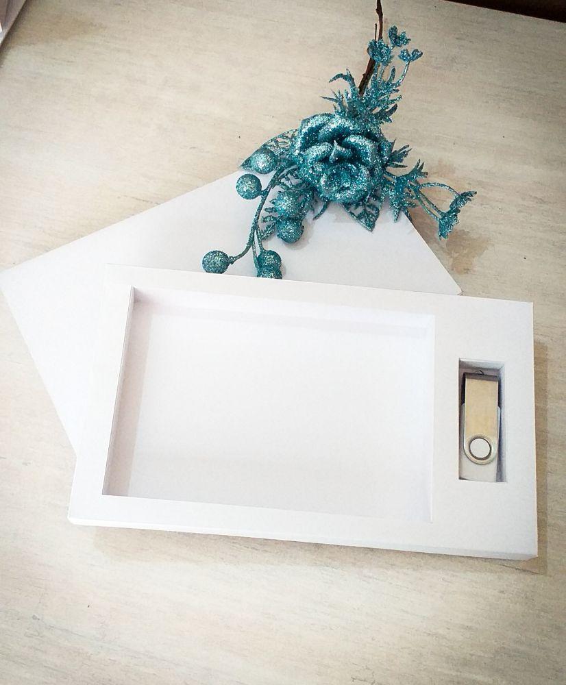 Kit pen drive giratório + caixa para foto 10x15cm offset ou kraft personalizada (MINIMO 5 PEÇAS)  - Premiere Brindes