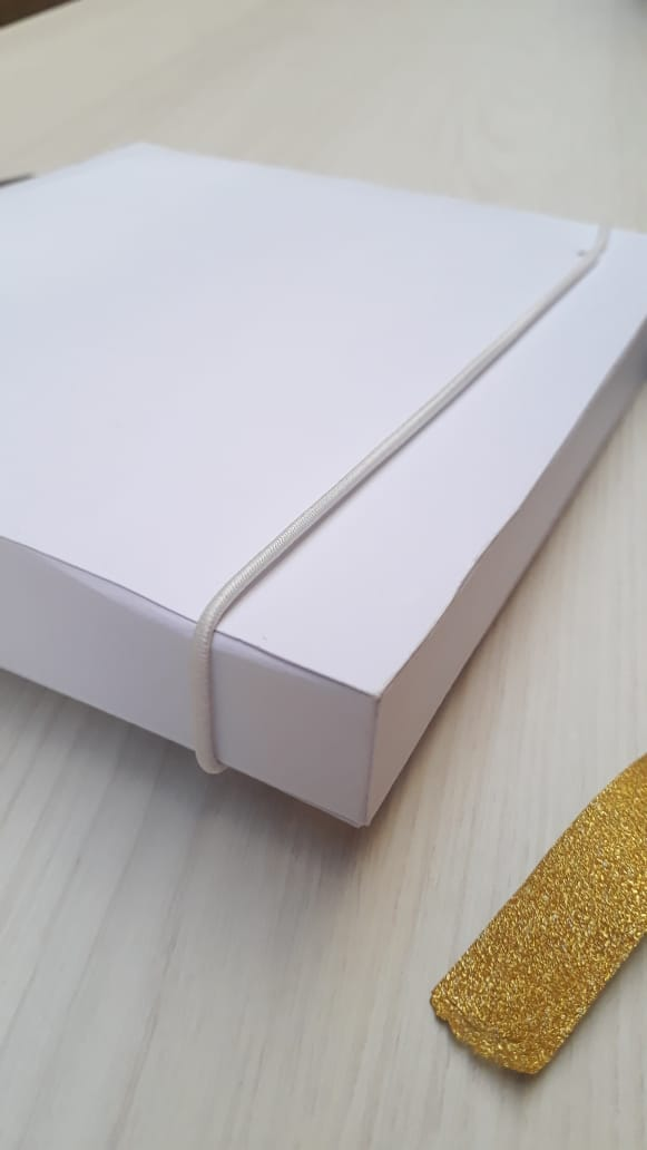 Kit pen drive giratório madeira + caixa pen drive e foto offset ou kraft personalizados (MINIMO 5 PEÇAS)   - Premiere Brindes
