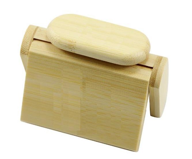 Kit pen drive madeira oval + caixinha de madeira personalizados (MINIMO 1 PEÇA)  - Premiere Brindes