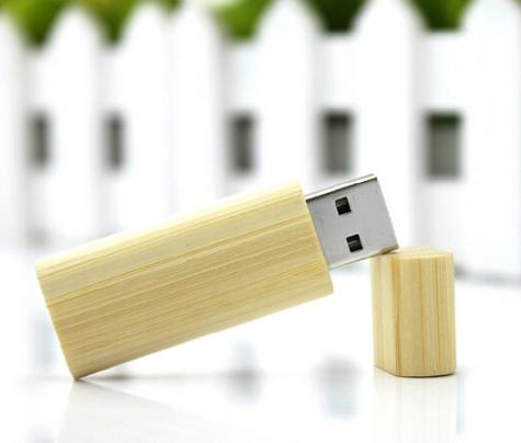 Pen drive bambu laterais arredondadas personalizado (MINIMO 5 PEÇAS)   - Premiere Brindes