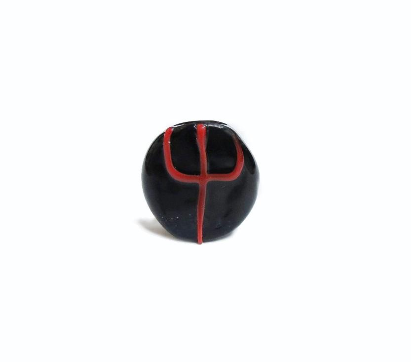 Firma 034 - Murano Circular Preto/Tridente Vermelho Exú