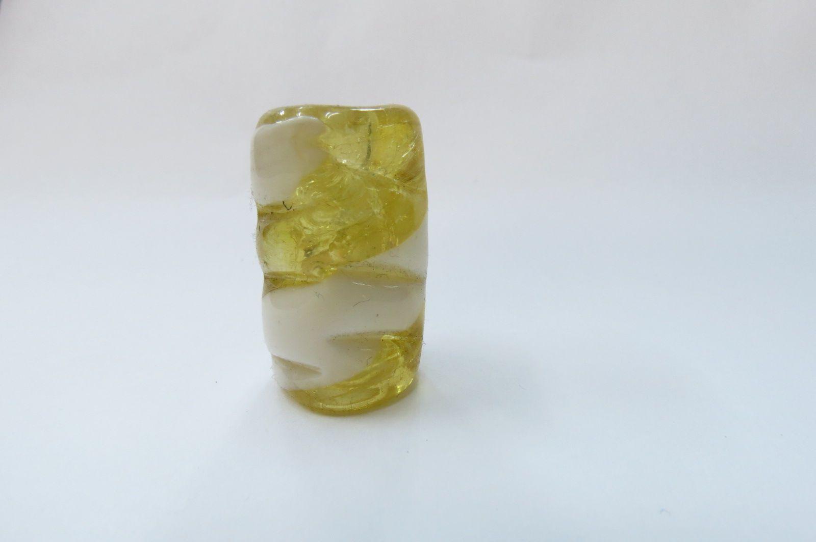 Firma 053 - Murano Torcido Amarelo Transparente/Branco (G)
