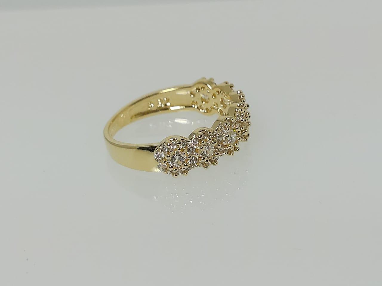 Meia Aliança Flor com Zircônias GC Folheado a Ouro 0360106020000