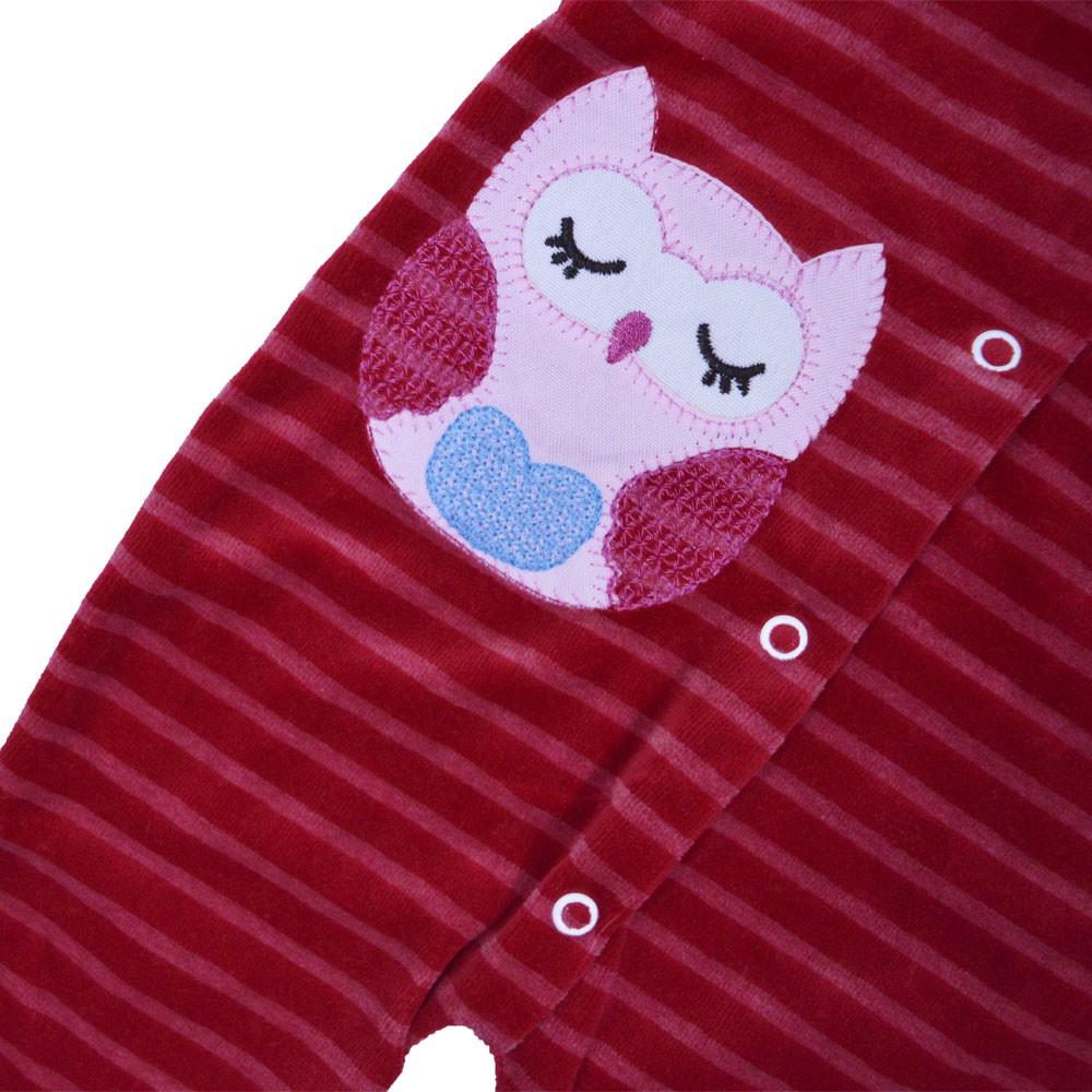 Macacão Plush Luxo Bordado Vira Pé Listrado Vermelho Feminino (P/M/G)