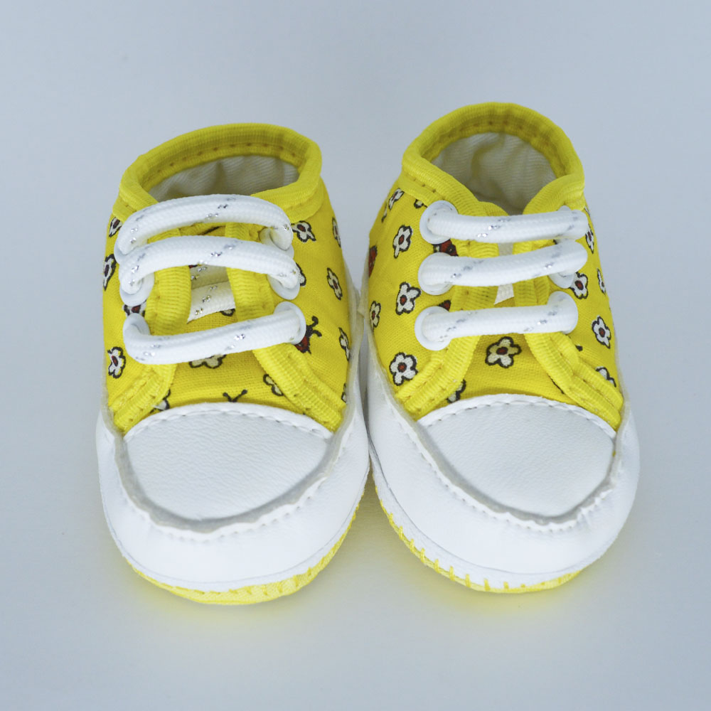 Tênis de Bebê Joaninha Amarelo Solado de Pano (14/15)