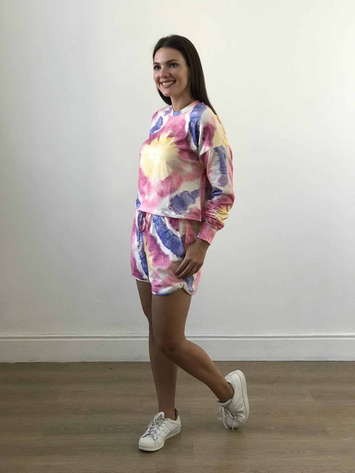 Conjunto Shorts e Blusa Tie Dye