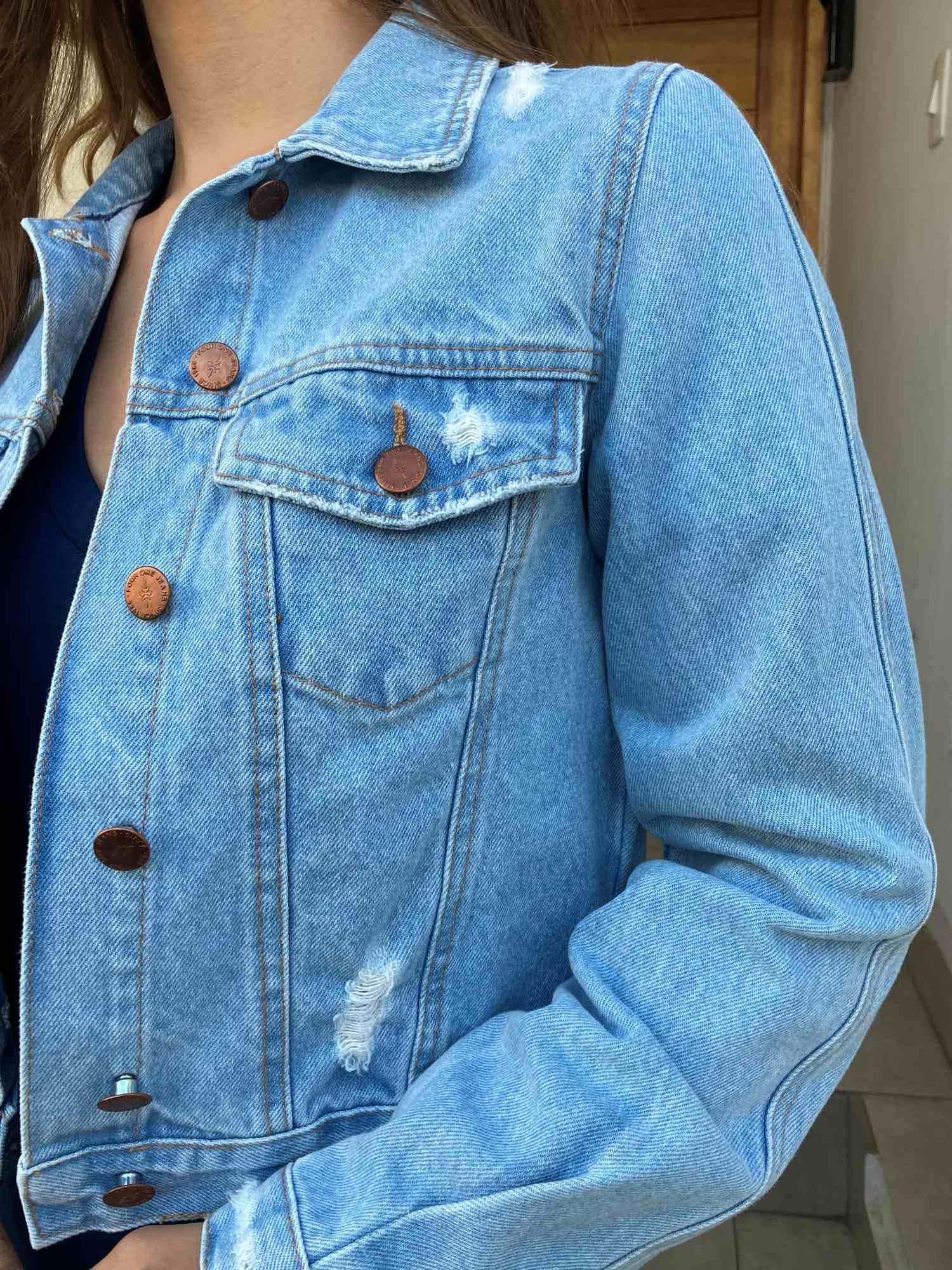 Jaqueta Jeans Cropped Lavagem Clara