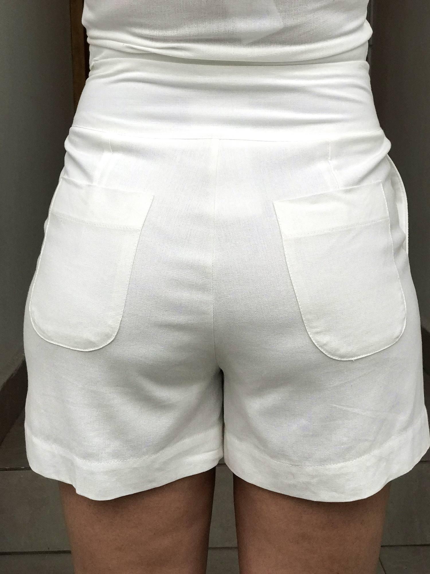 Shorts Linho Botões