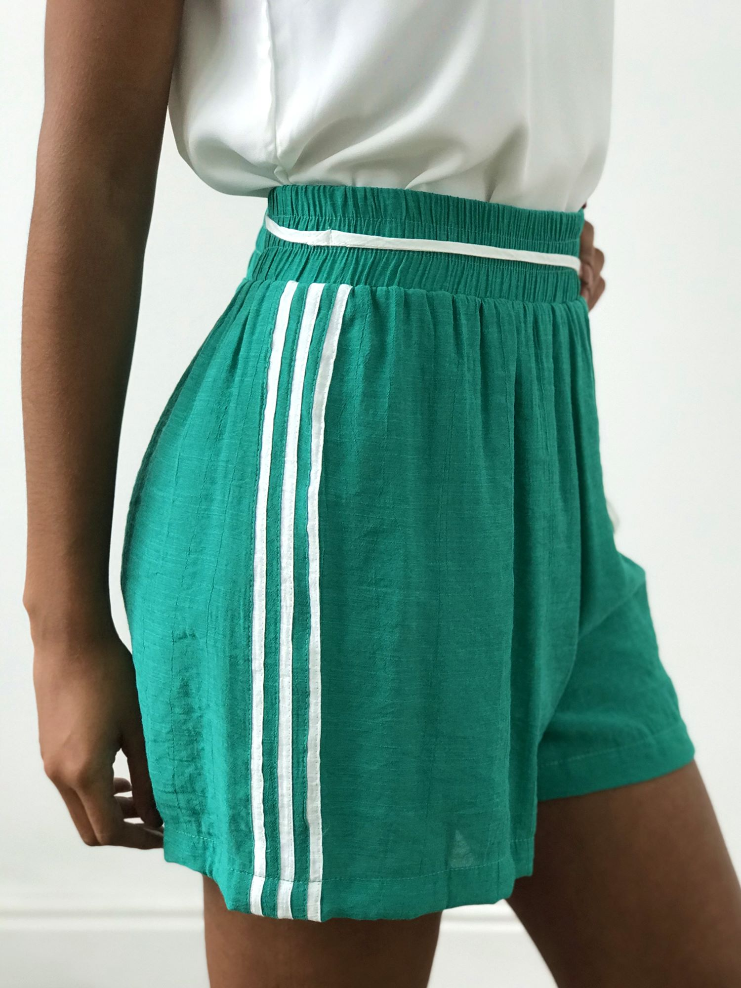 Shorts Listras Laterais