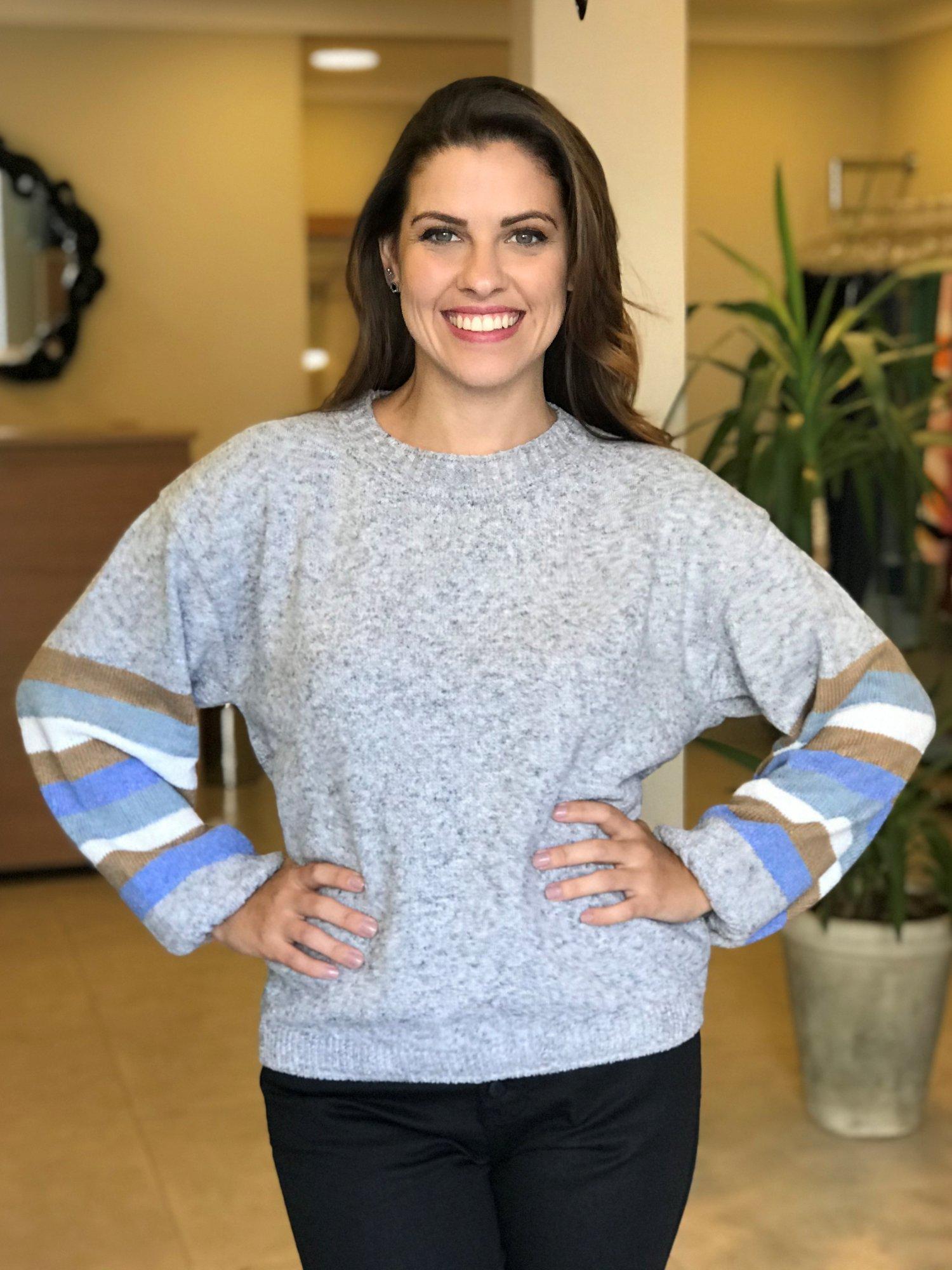 Suéter Tricot Cinza Listras nas Mangas