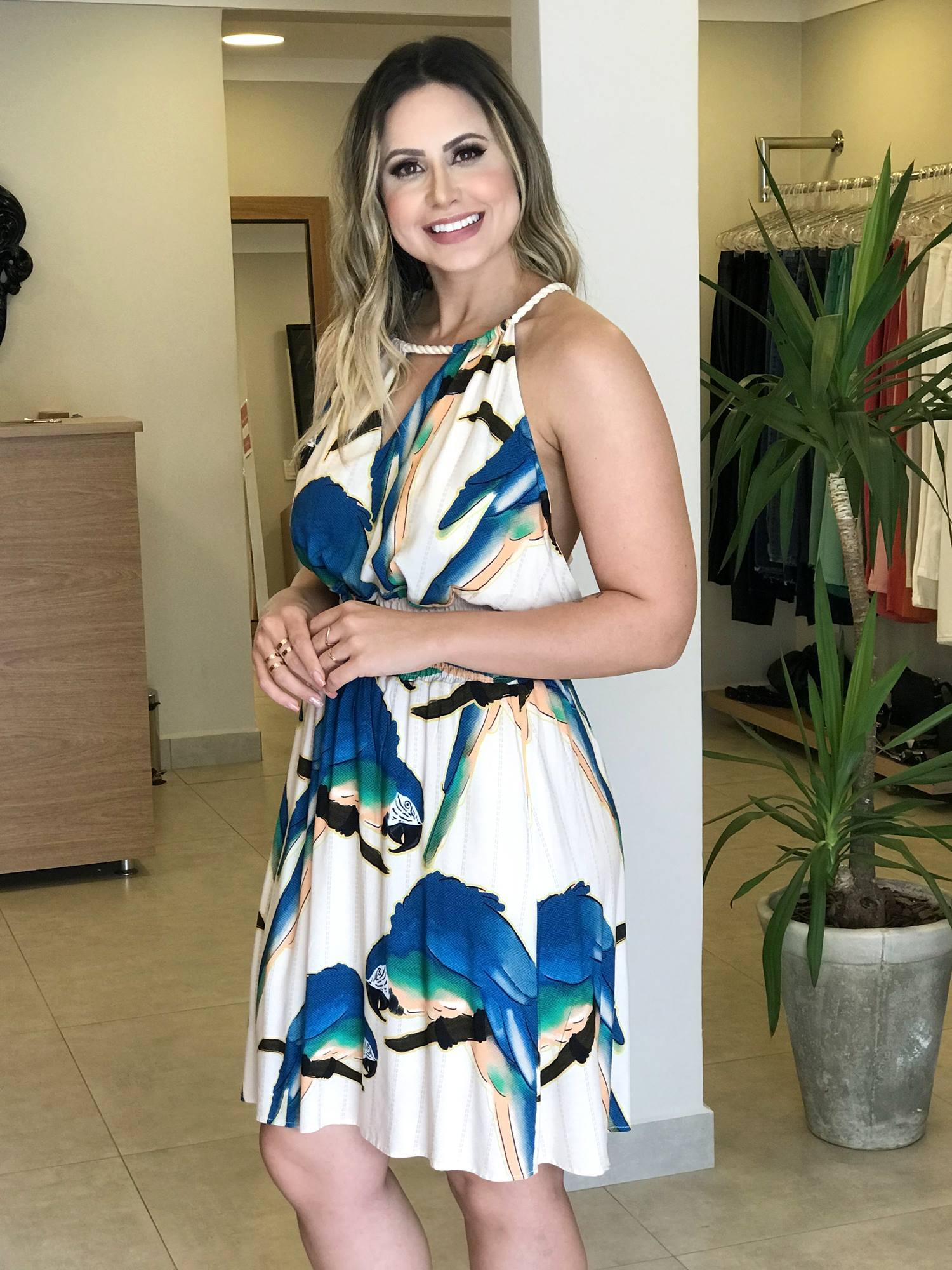 Vestido Estampa Arara