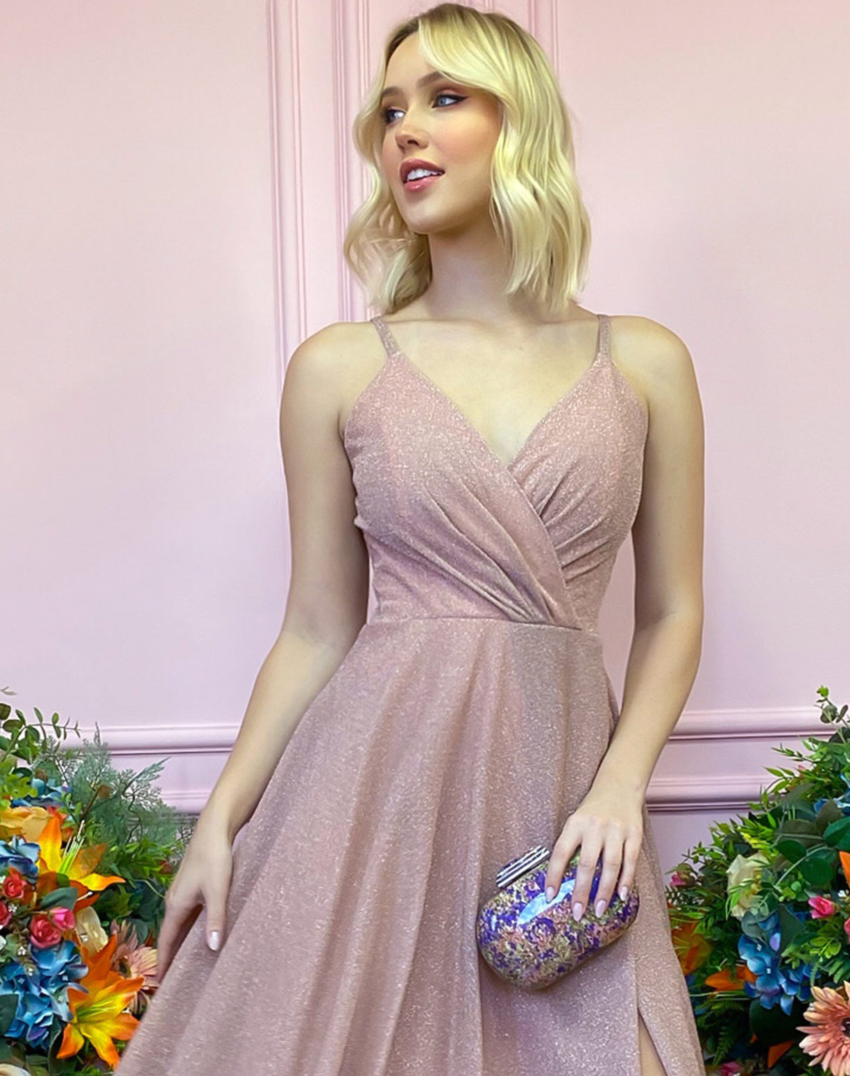 Vestido Nude Rosado em Lurex com Fenda