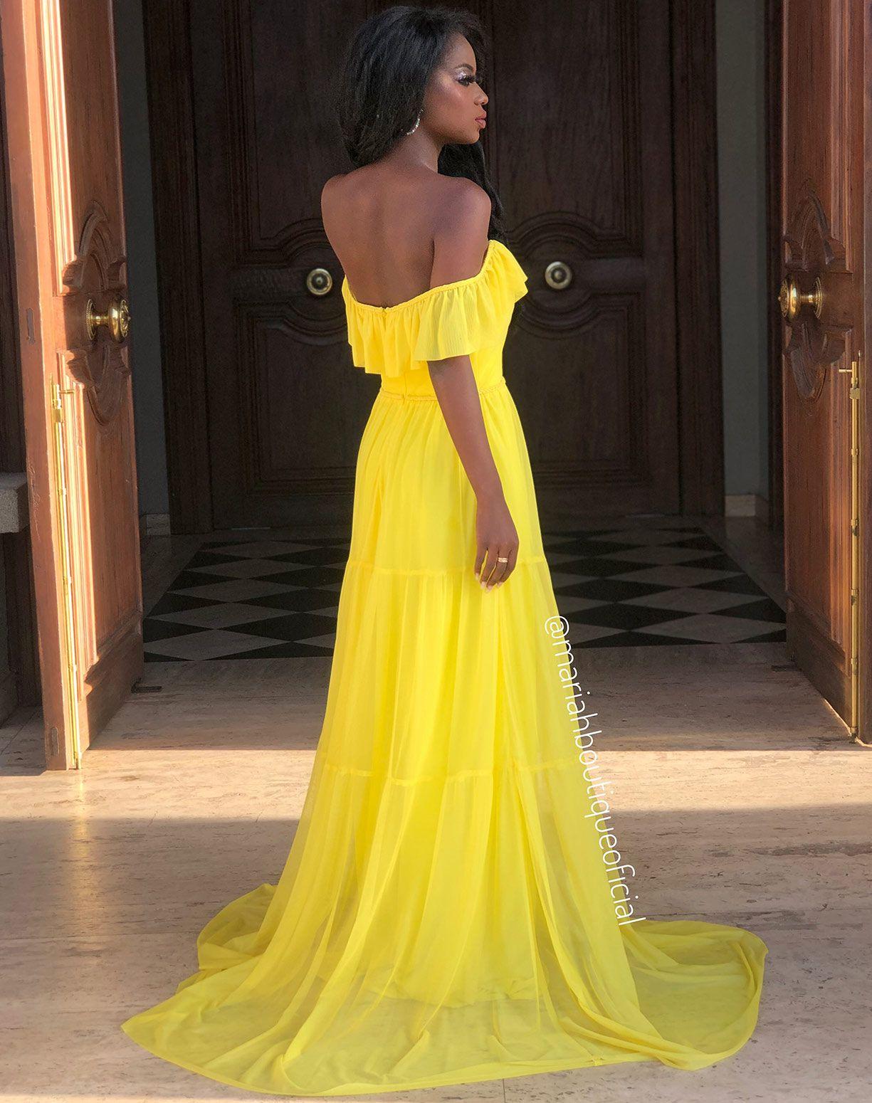 Vestido Amarelo em Tule