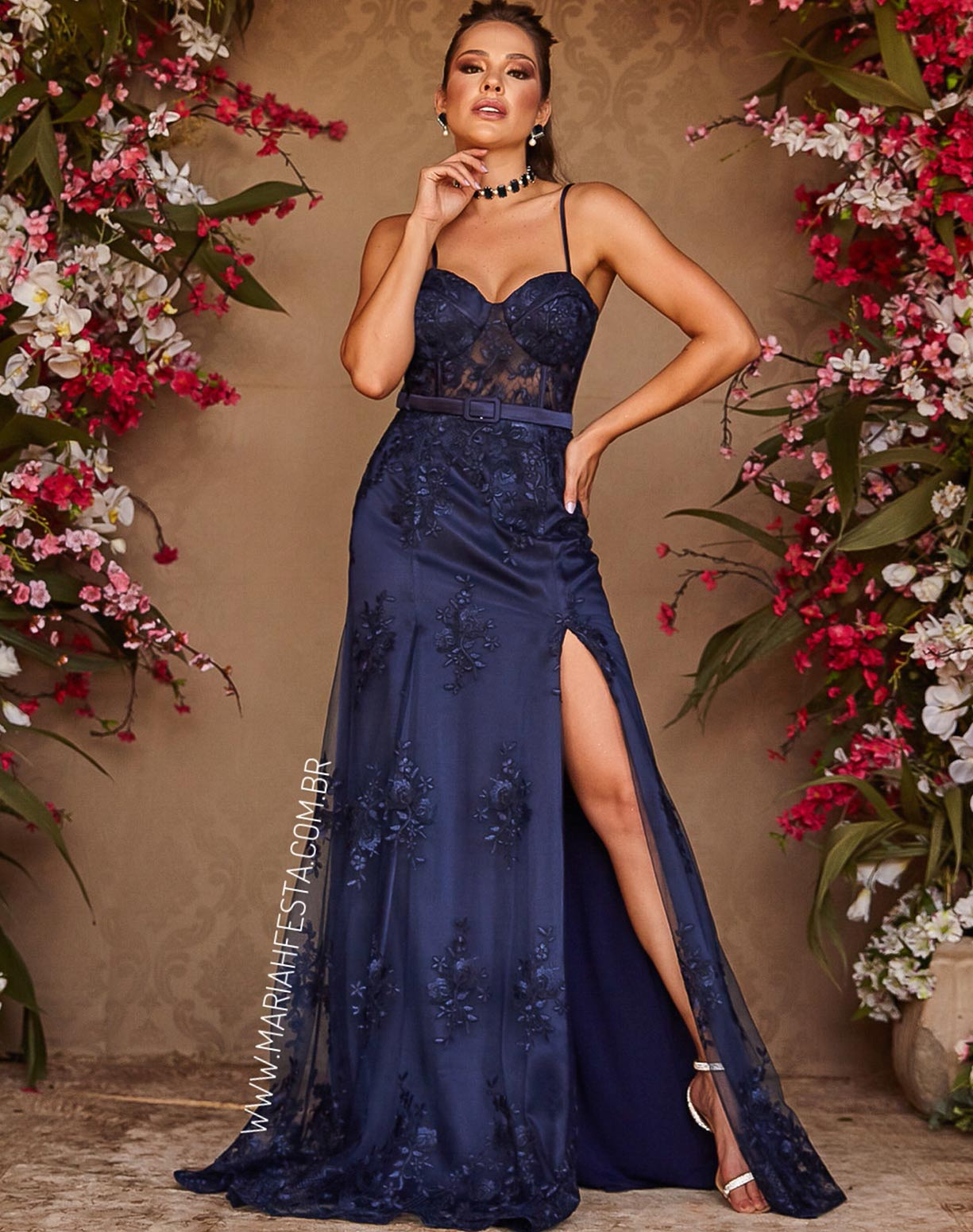 Vestido Azul Marinho Sereia em Renda