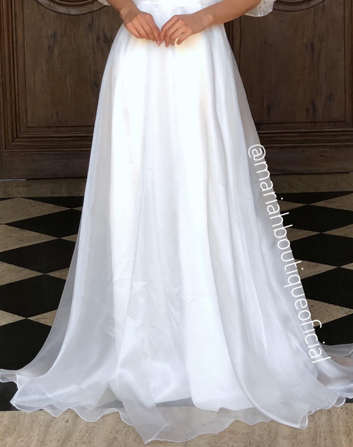 Vestido Branco em Organza