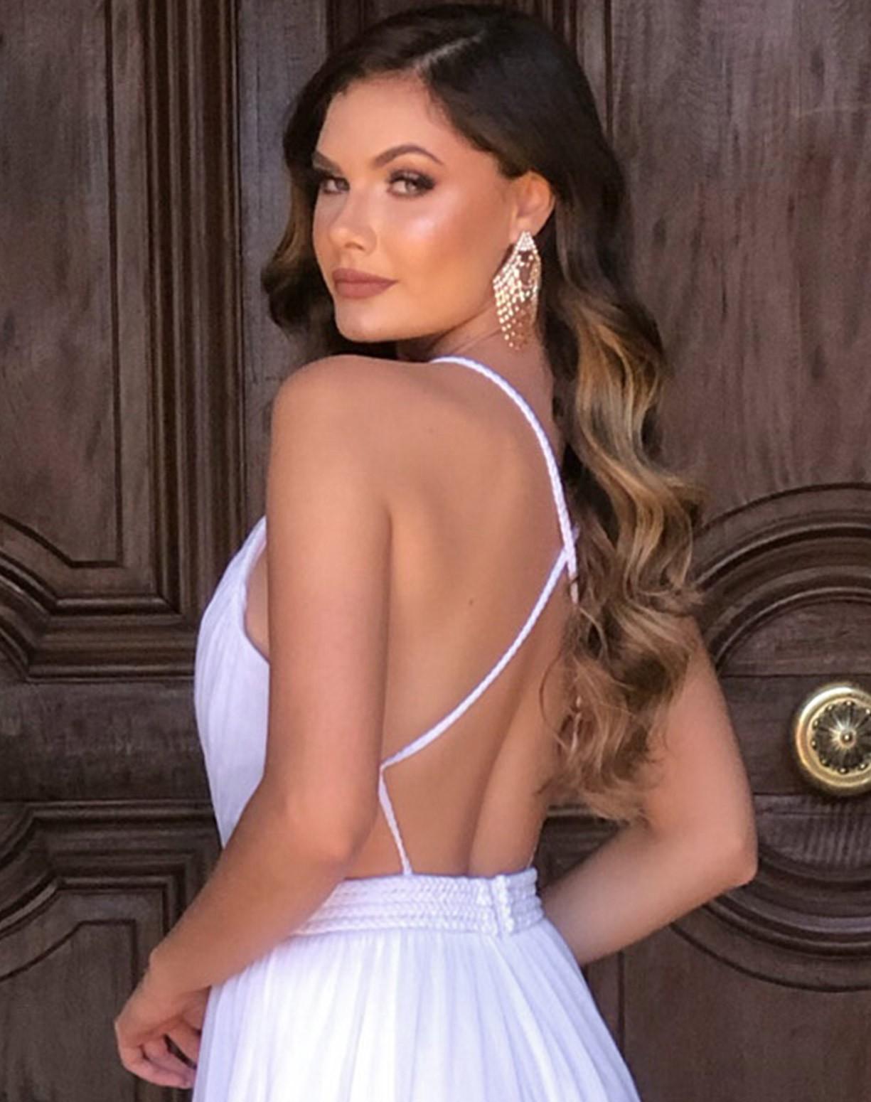 Vestido Branco em Tule com Cinto