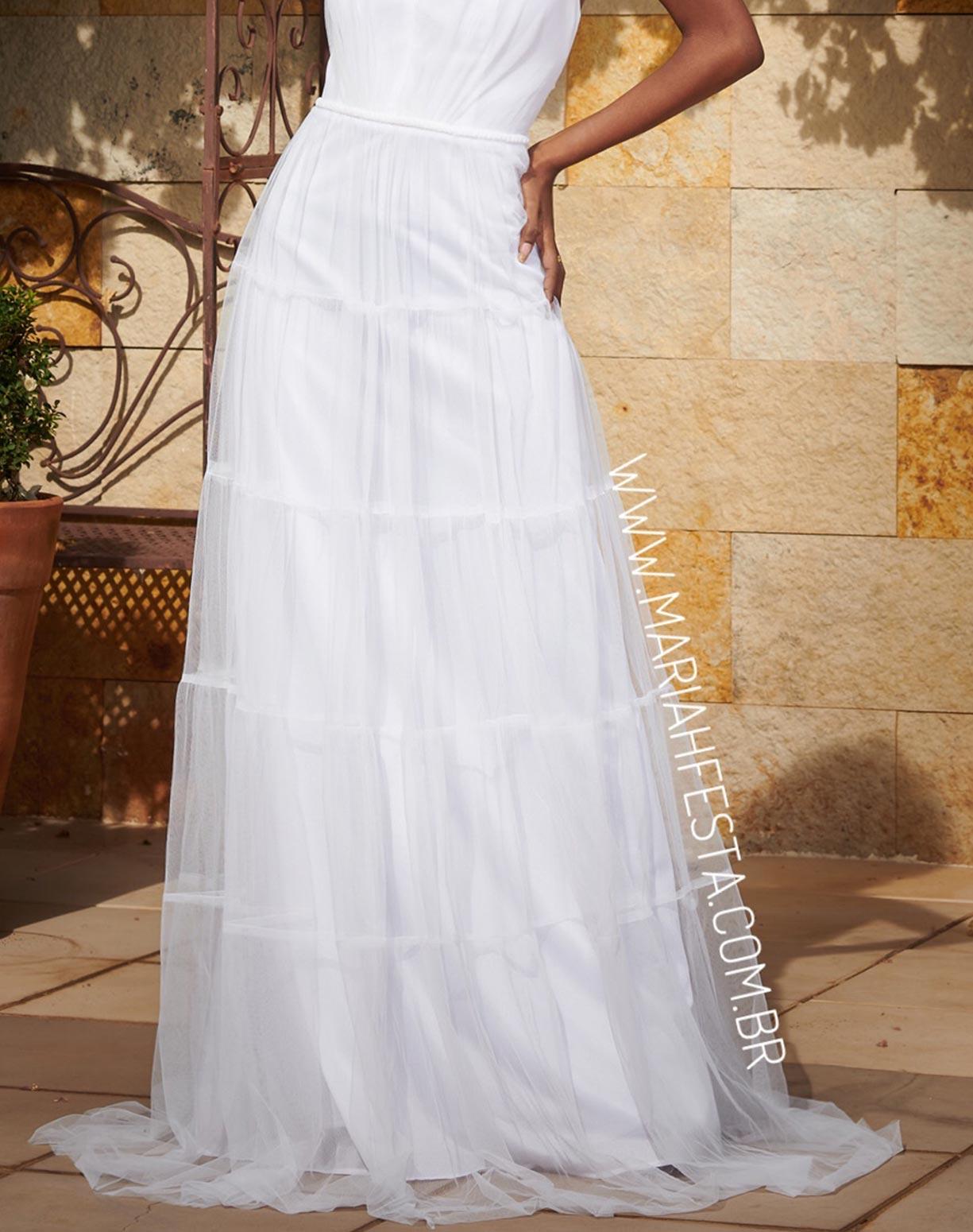 Vestido Branco em Tule com Saia Evasê em Camadas