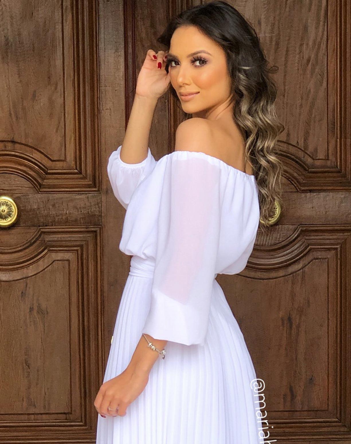 Vestido Branco Midi com Saia Plissada
