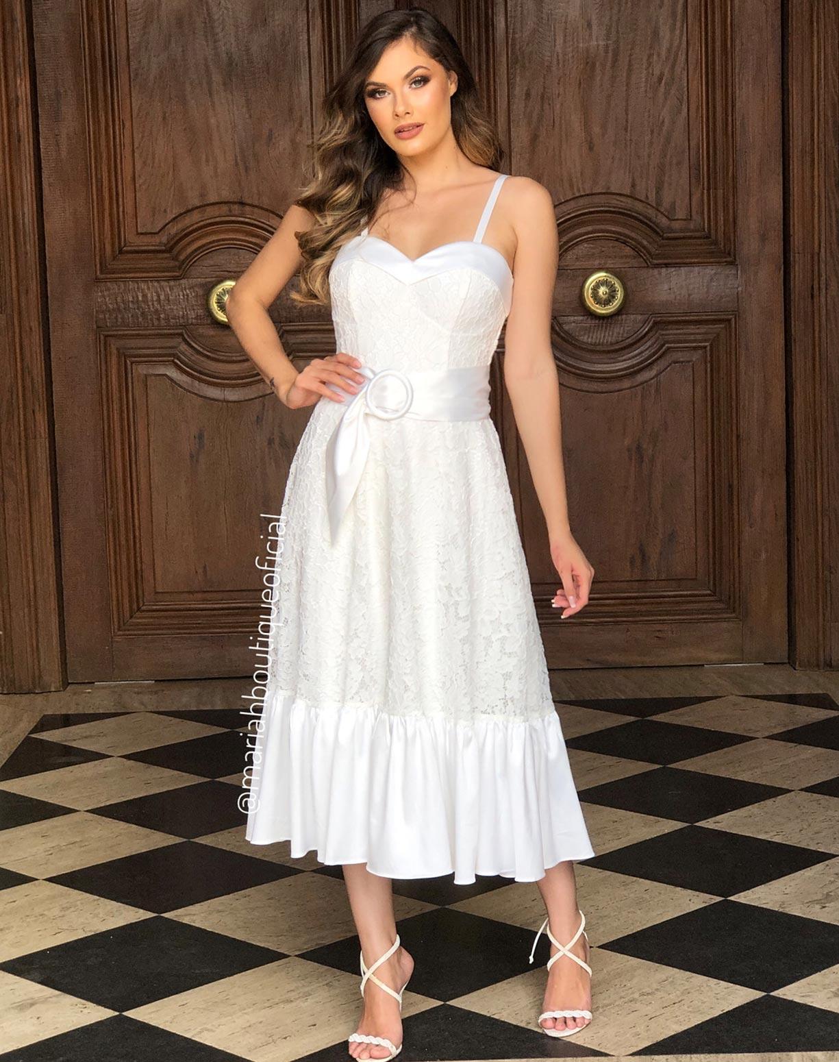 Vestido Branco Midi em Renda Com Detalhes Acetinados