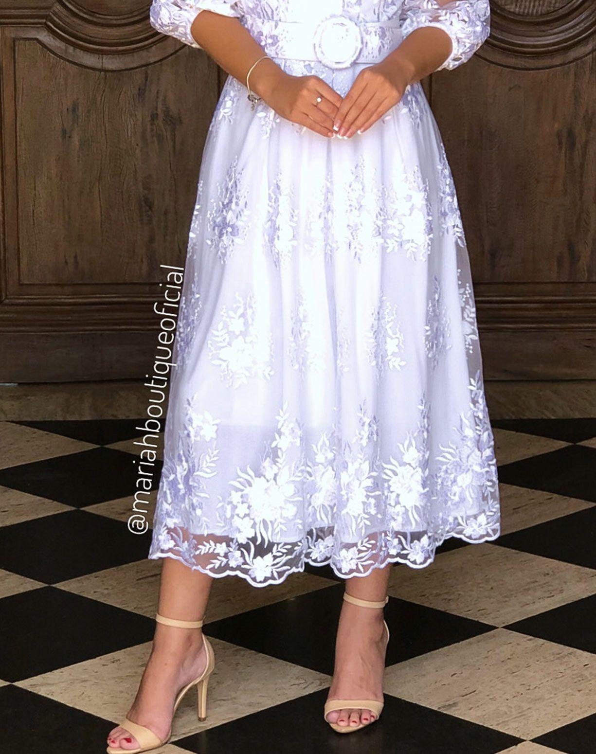 Vestido Branco Midi em Renda Manga Ciganinha