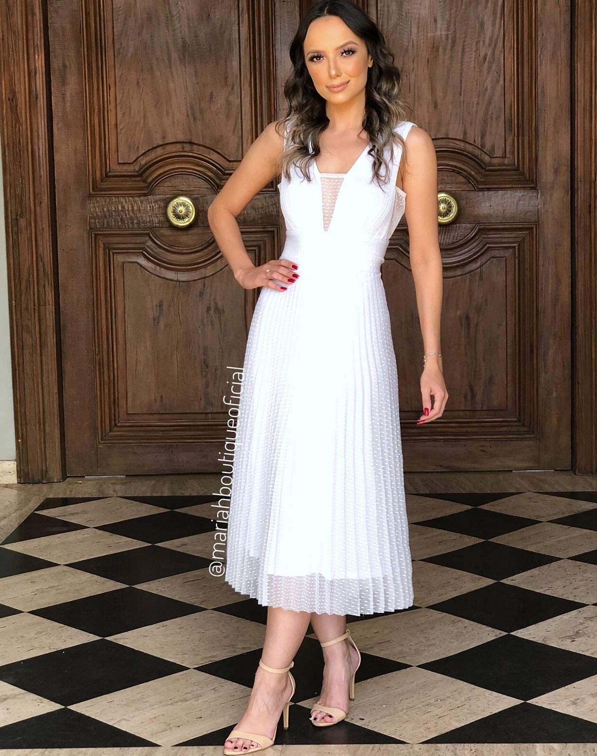 Vestido Branco Midi em Tule Texturizado