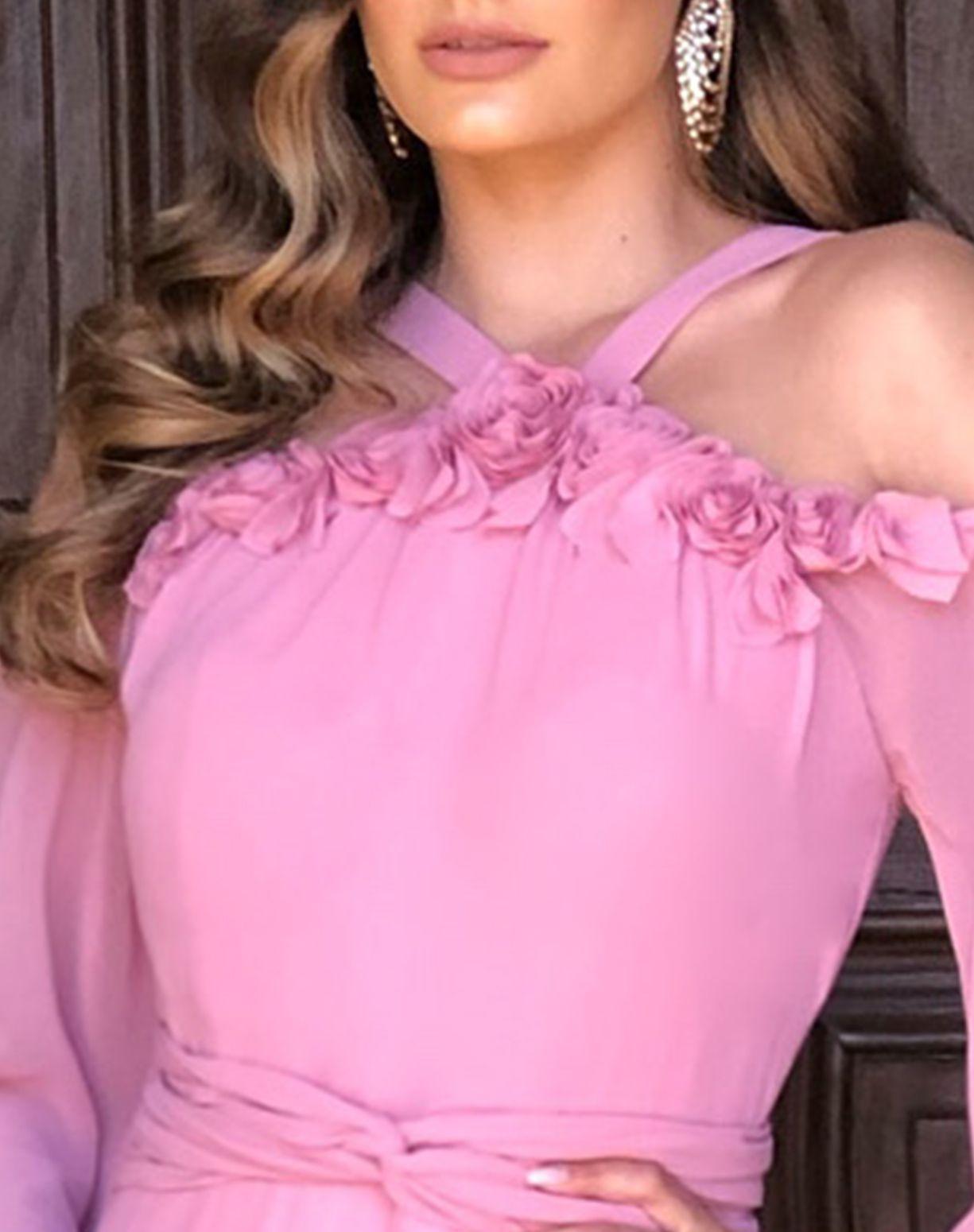 Vestido Rose com Aplicação em Flores