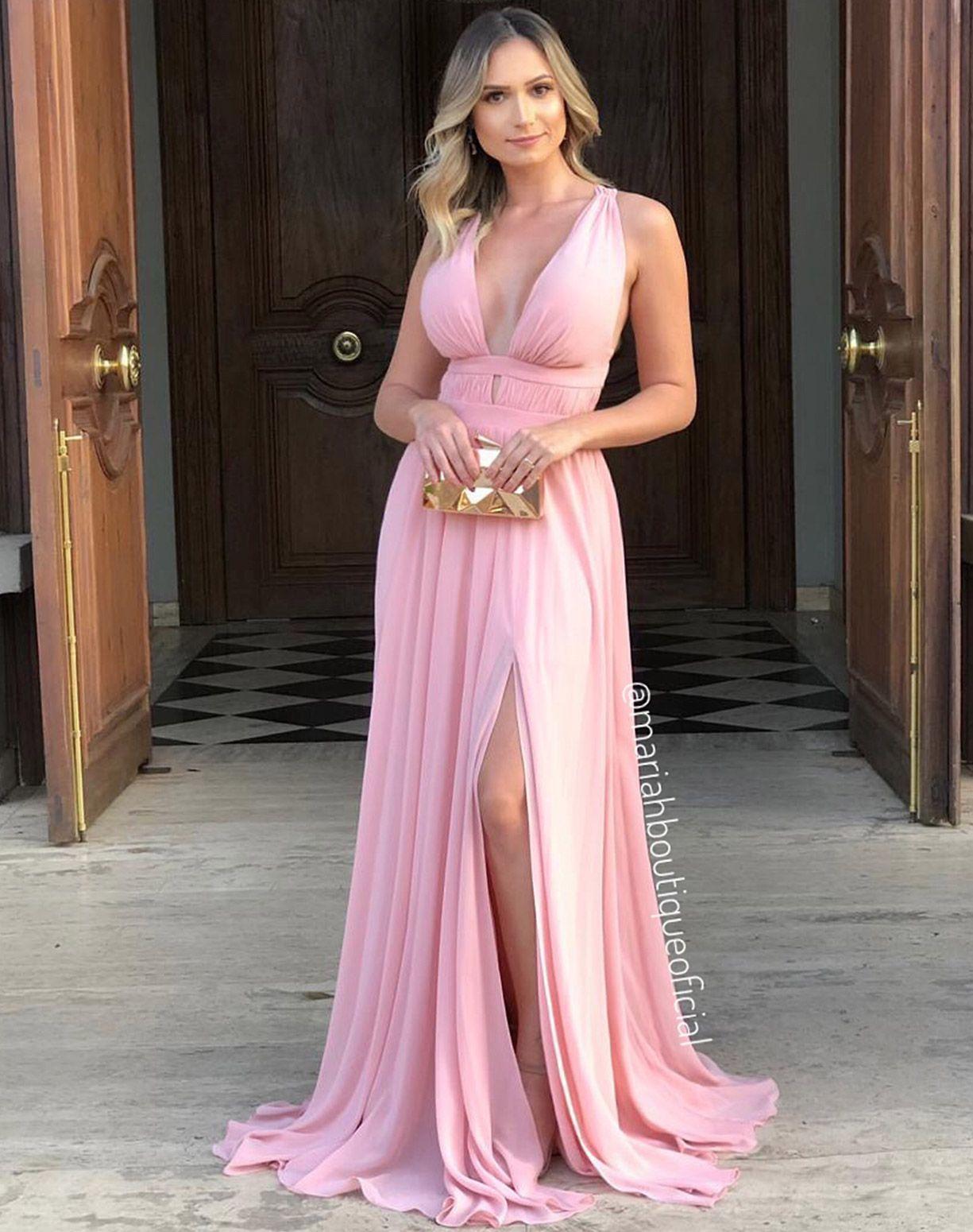 Vestido Rose Com Decote e Fenda
