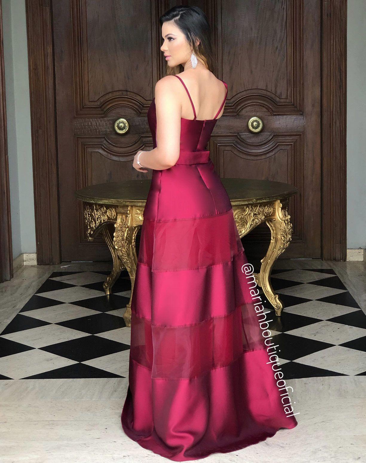 Vestido Marsala com Mix de Camadas em Zibeline e Organza