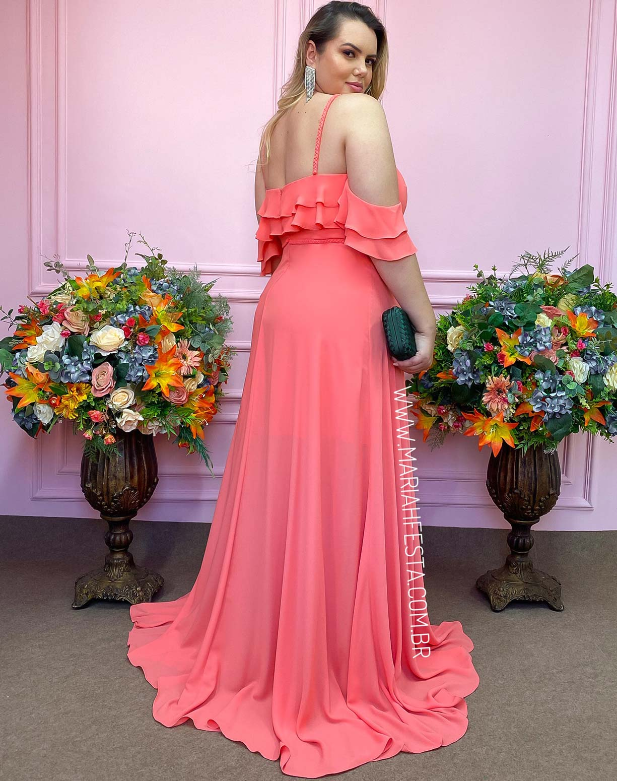 Vestido Coral com Decote em Gota