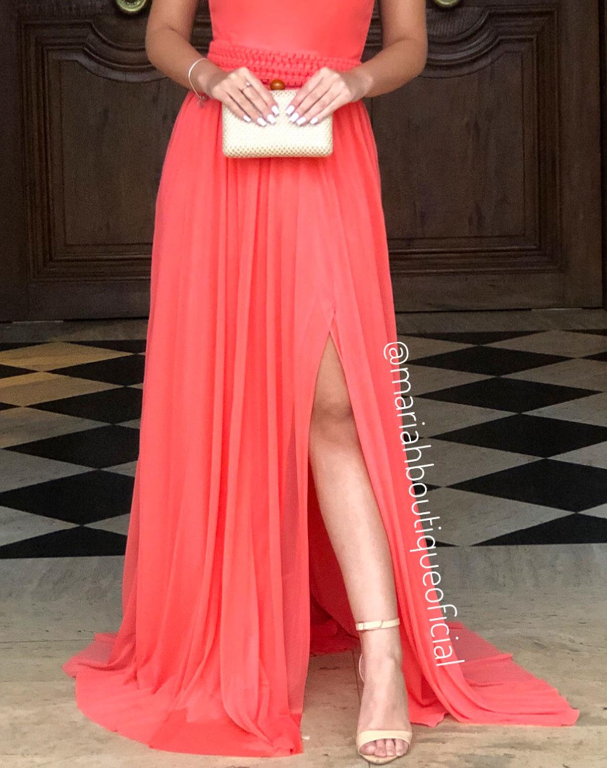 Vestido Coral em Tule com Fenda e Cinto em Macramê