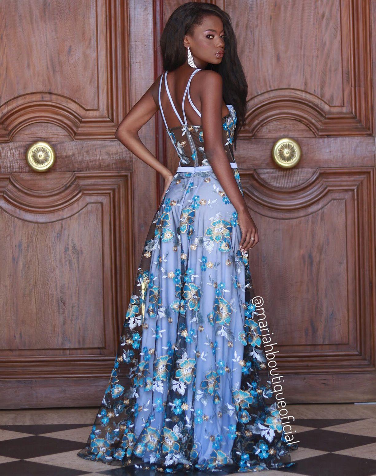 Vestido Corpete com Flores Bordadas