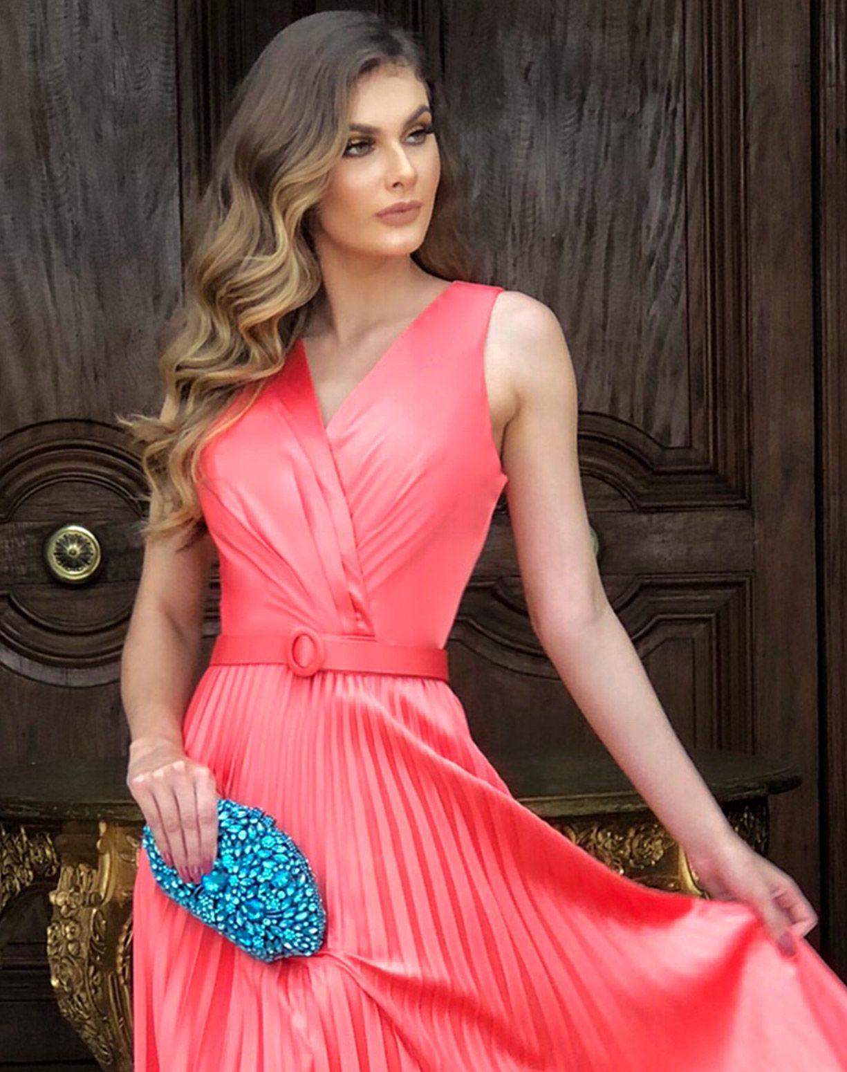 Vestido Coral em Crepe Acetinado