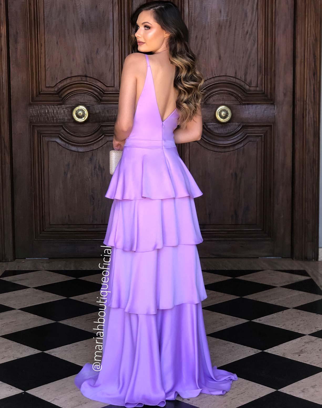 Vestido Lavanda em Camadas