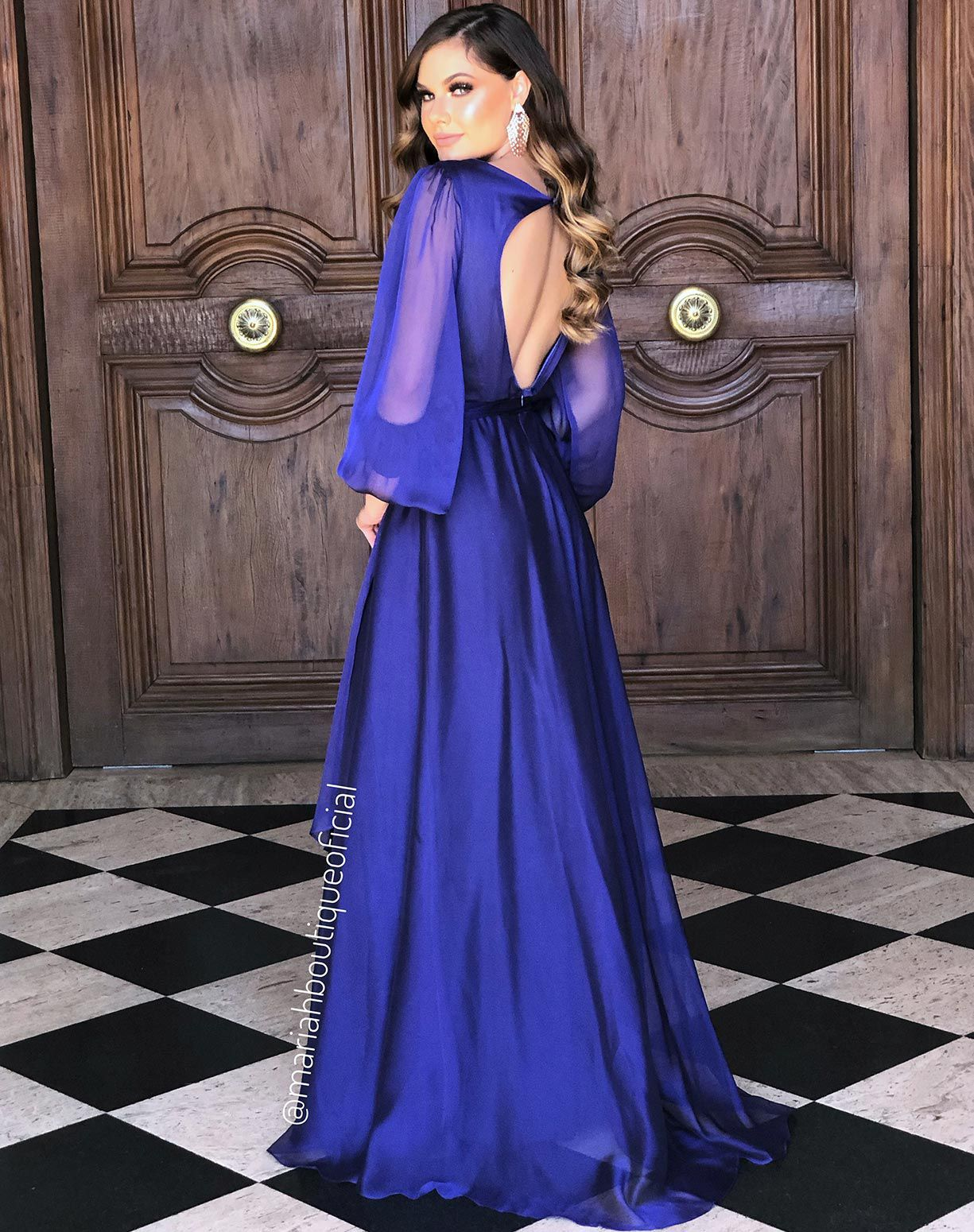 Vestido Azul com Manga Longa em Organza