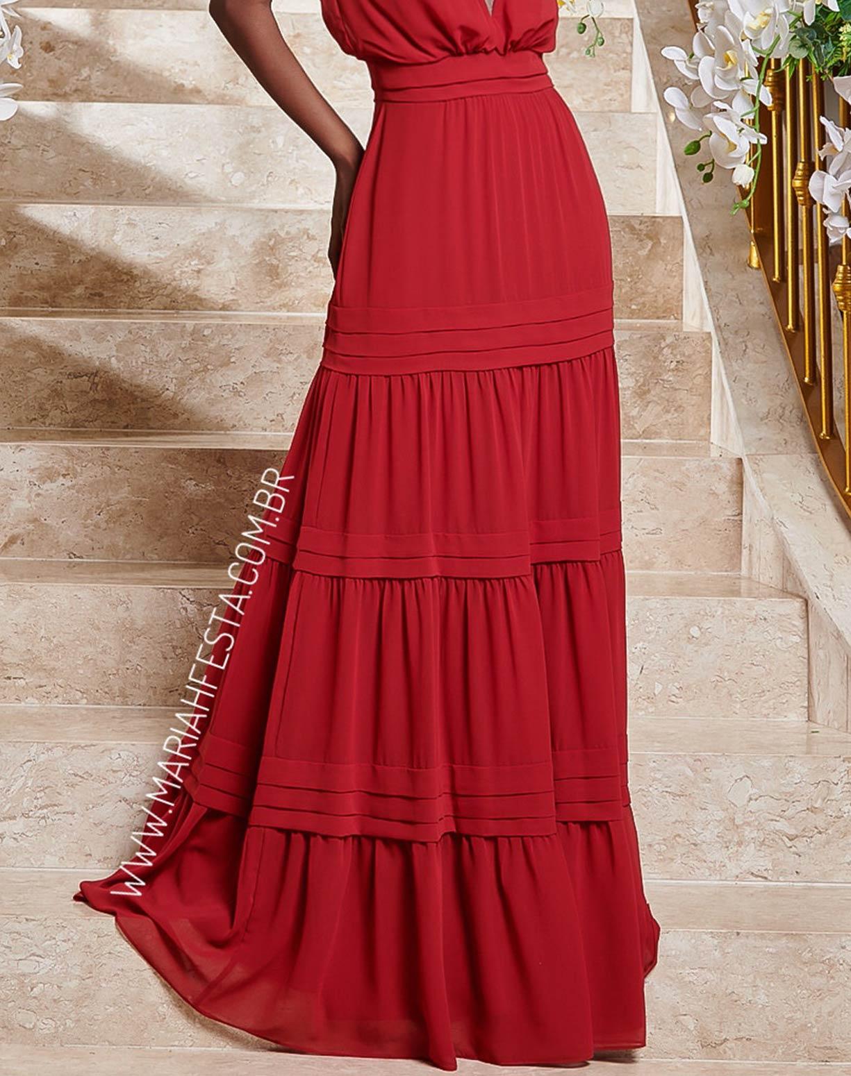 Vestido Marsala  com Decote e Saia em Camadas