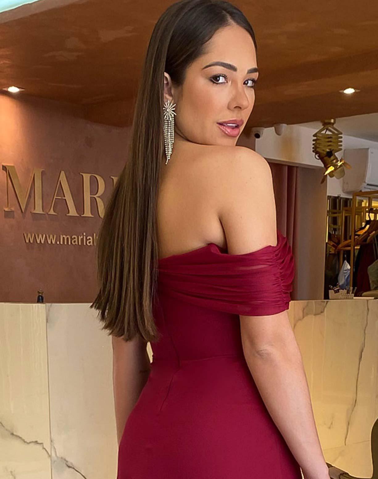 Vestido Marsala em Tule com Decote Ombro a Ombro