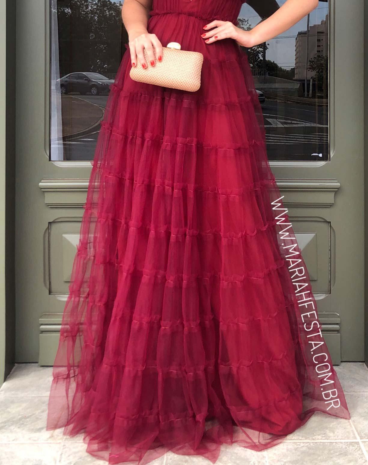 Vestido Marsala em Tule com Saia Evasê em Camadas