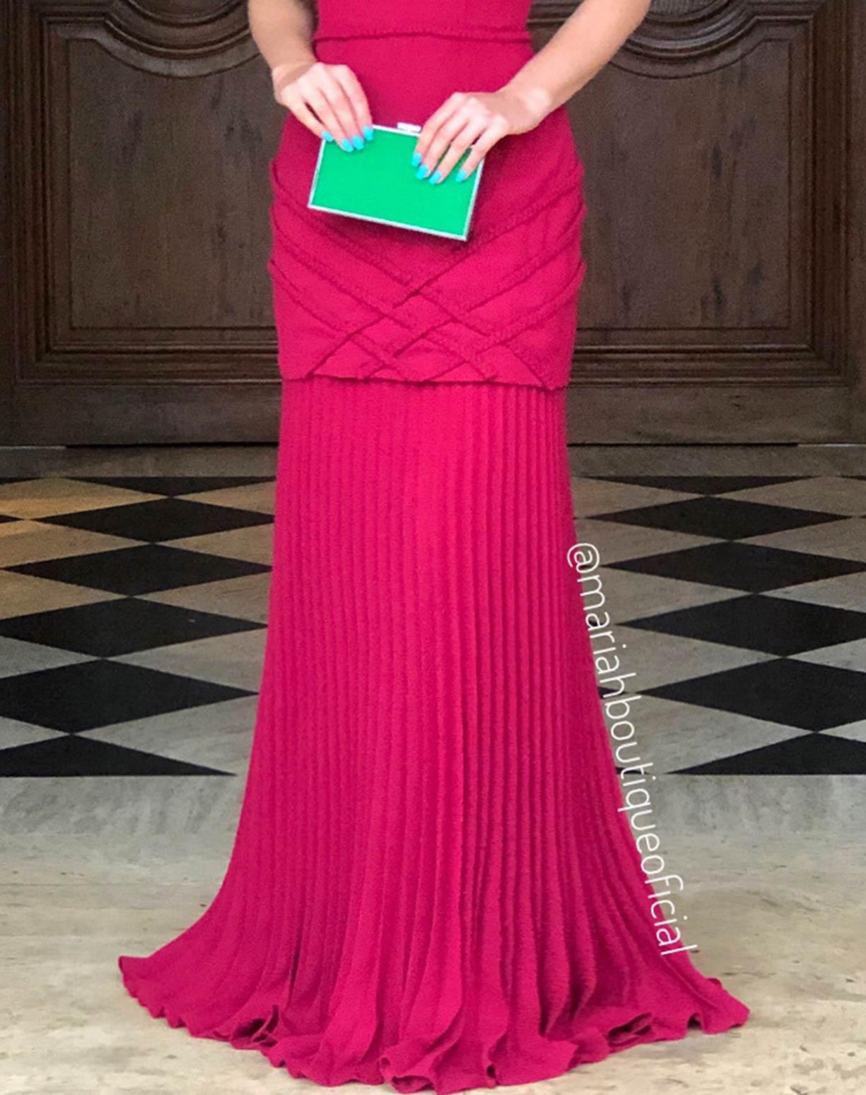 Vestido Marsala  Sereia com Barra Plissada