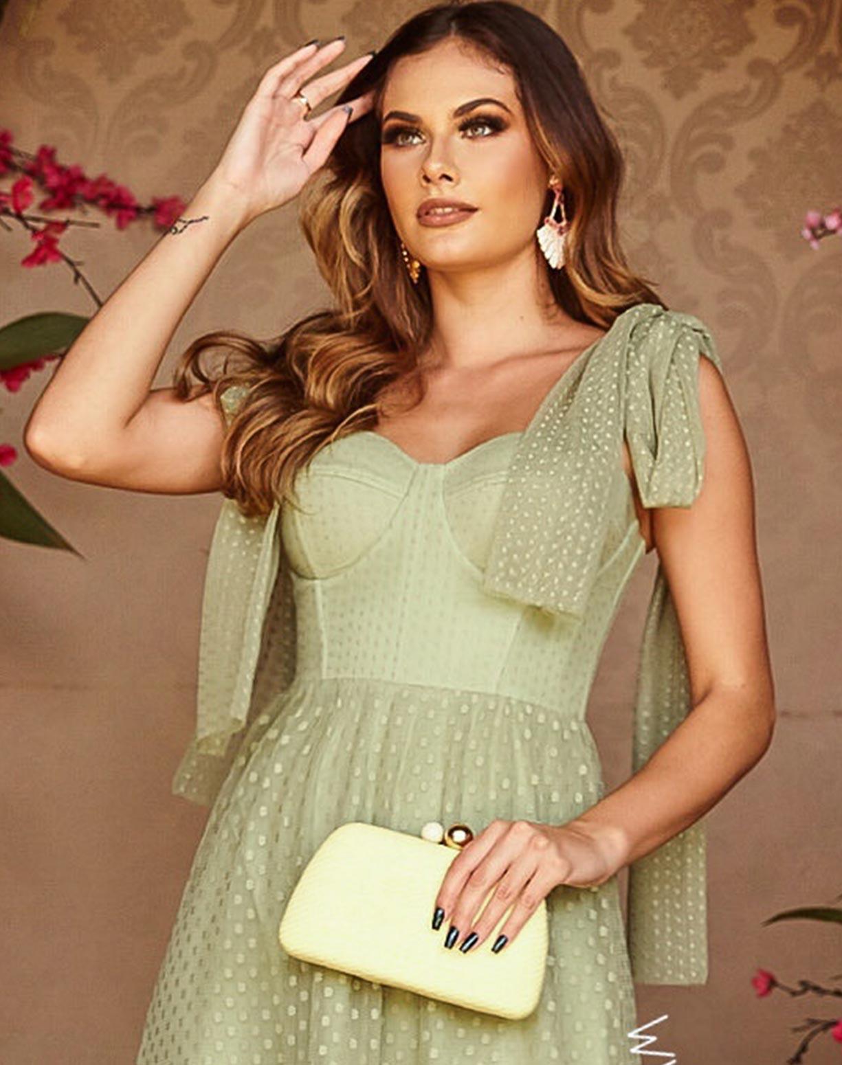 Vestido Midi Verde pistache com Textura em Mini Poás