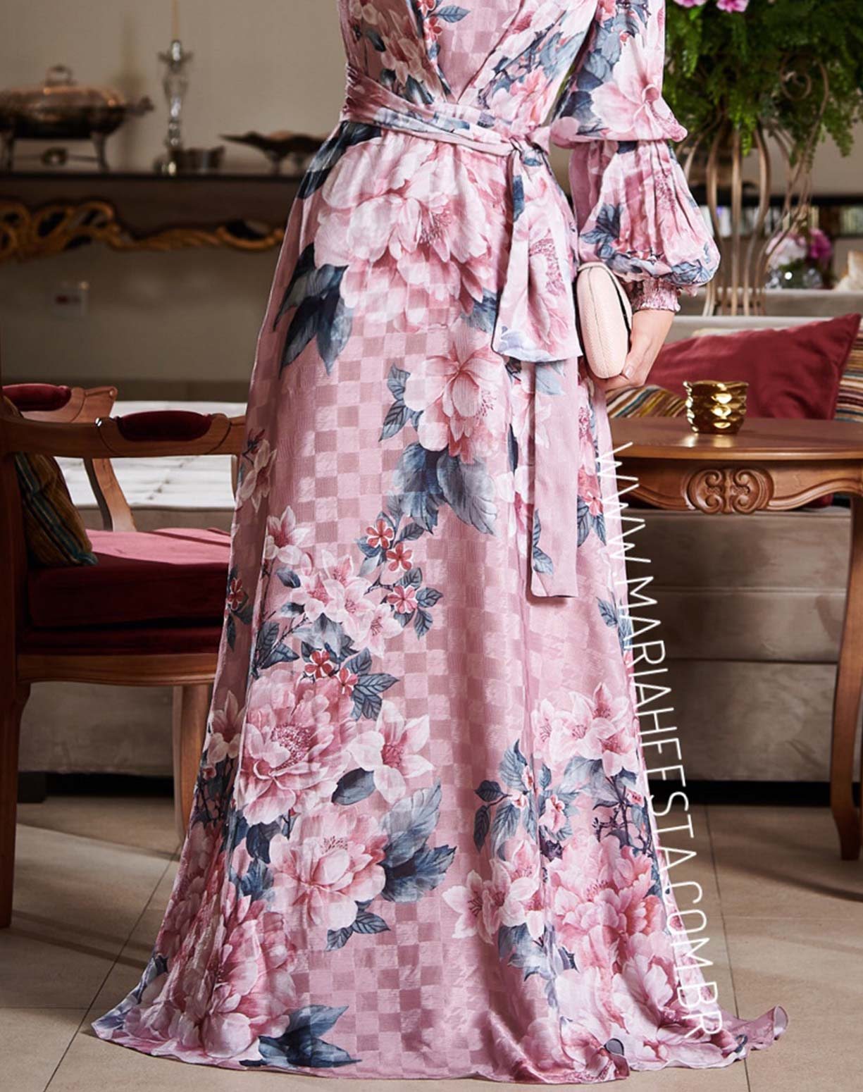 Vestido Mix de Estampas Rosê com Manga Longa