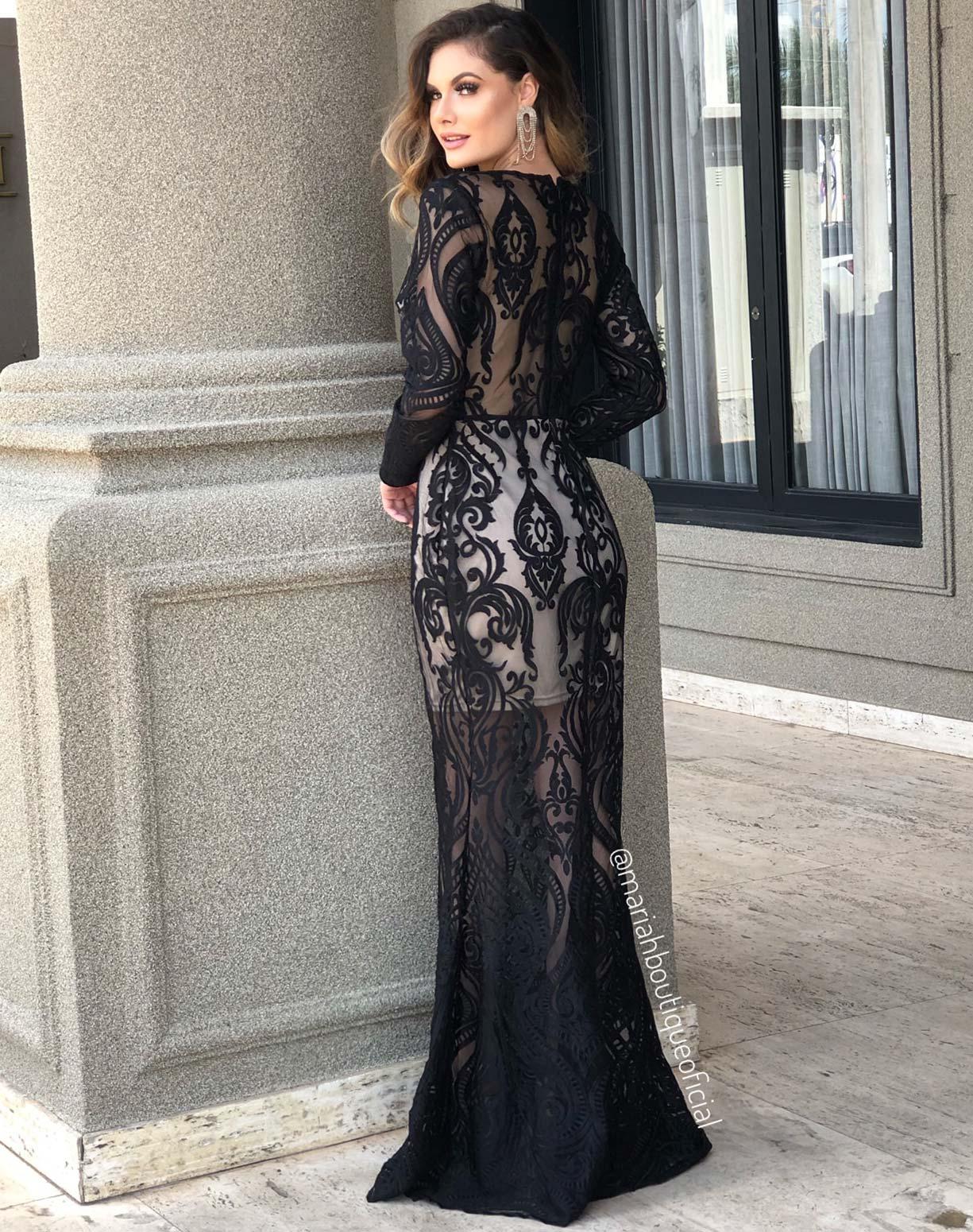 Vestido Preto em Renda