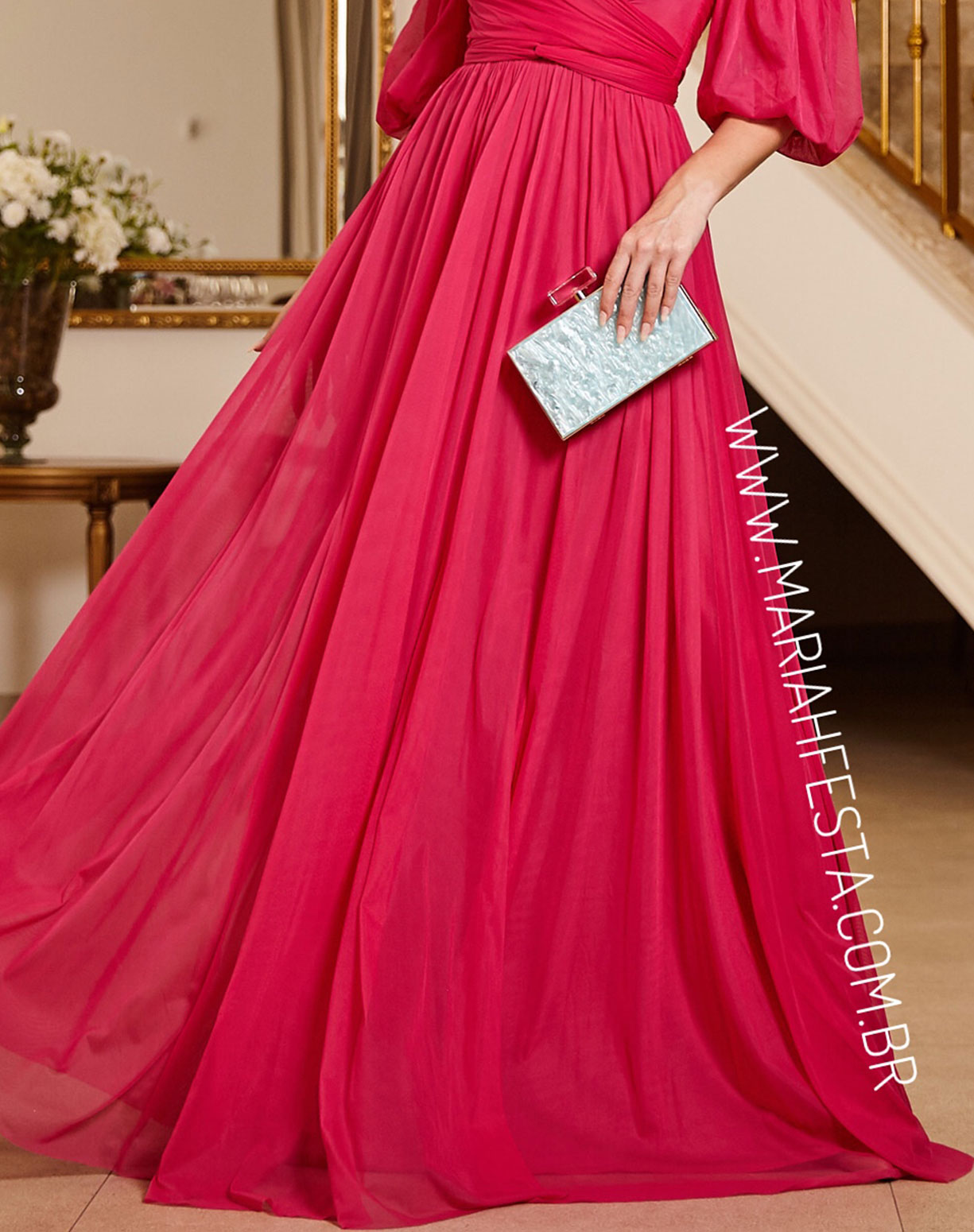 Vestido Rosa Pink em Tule com Manga Ombro a Ombro