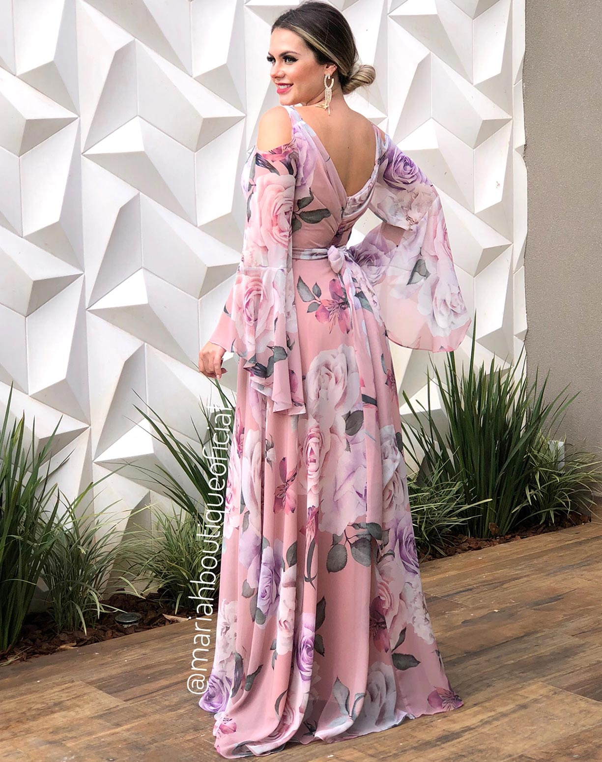 Vestido Rosê Estampado Manga Flare