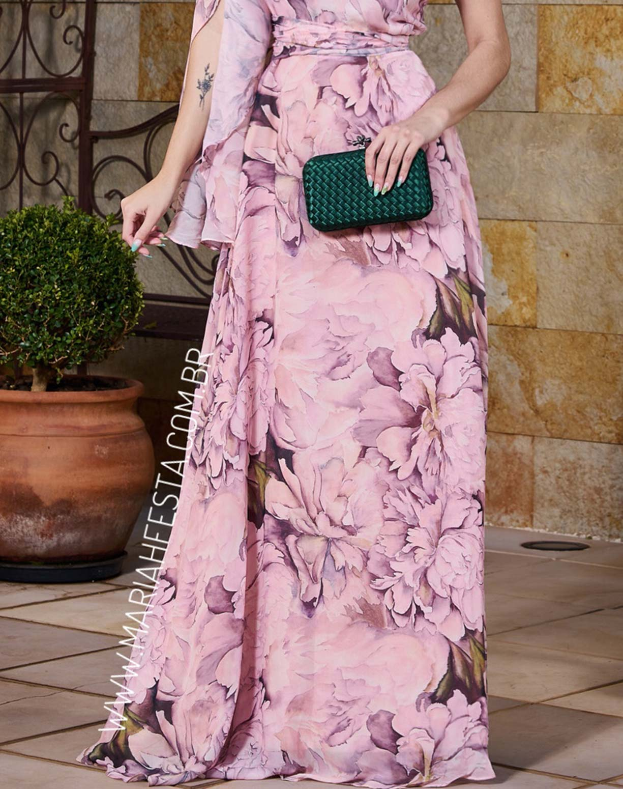 Vestido Rosê Floral de Um Ombro Só
