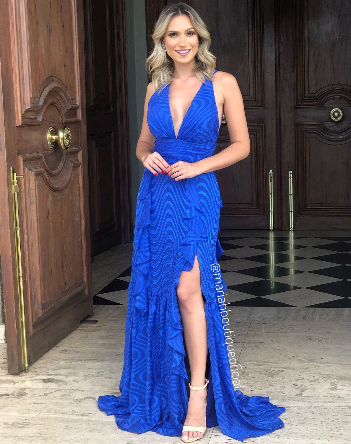Vestido Azul Royal Texturizado Com Babados