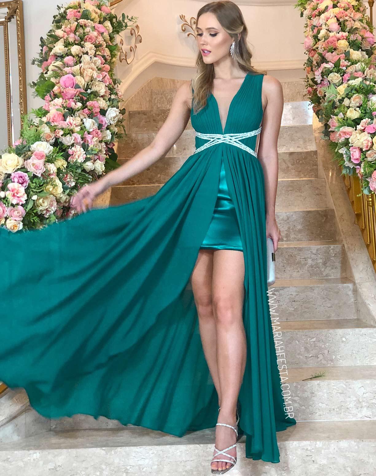 Vestido Verde com Fenda e Bordados na Cintura